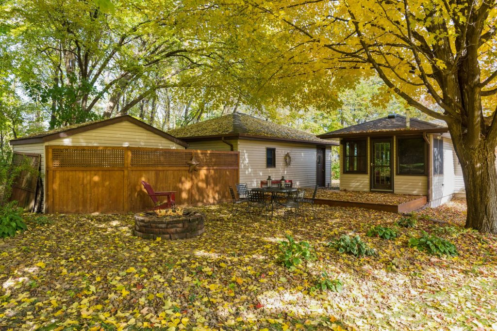 6805 greenfield rd greenfield mn 55373