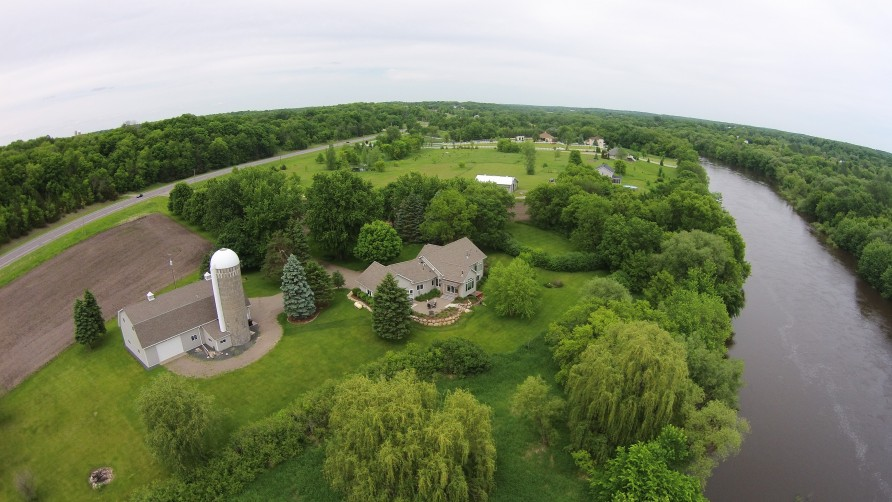 luxurious Riverfront Rambler On Nearly 9 Acres