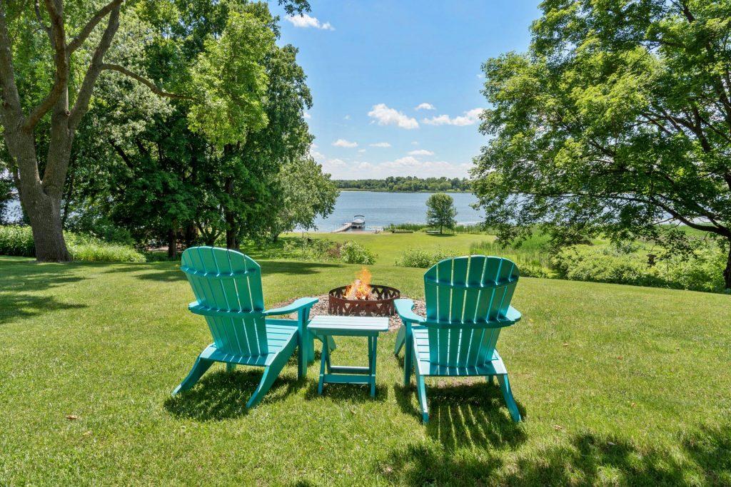 derrick monroe lakeshore homes for sale